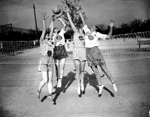 vintage-photographs-volleyball3